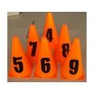 Set oranžových kuželů s číslicemi