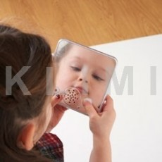 http://www.klimesovahracky.cz/26152-thickbox/logopedicke-mluvitko-se-zrcatkem-.jpg