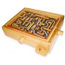 Dřevěný naklápěcí labyrint